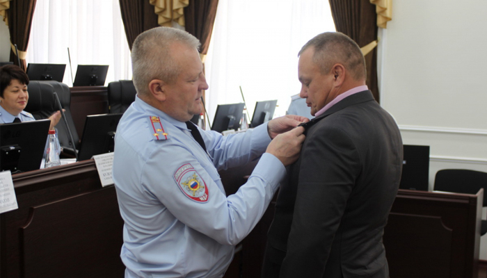 Брянские полицейские награждены за спасение ребенка