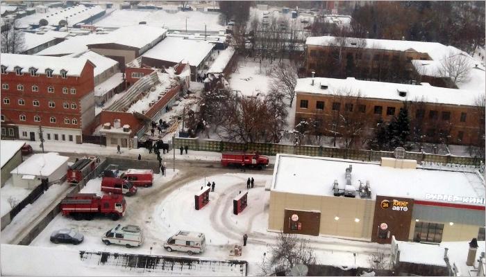 Около Центрального рынка в Брянске обрушилась крыша строящегося здания