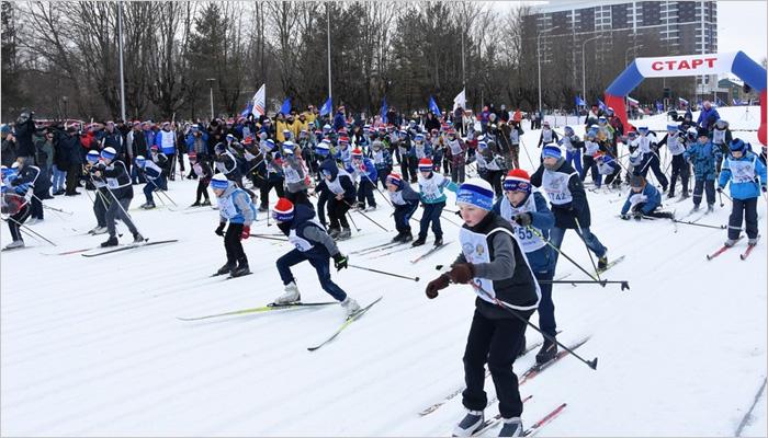 «Лыжня России»-2019 в Брянске: без губернатора, но с пятью тысячами участников по всему региону