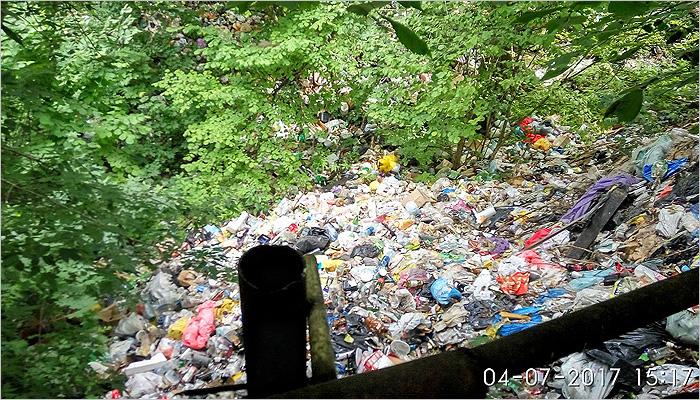 Чашин бардак: видимый мусор с исторического места Брянска вывезен, свалка осталась