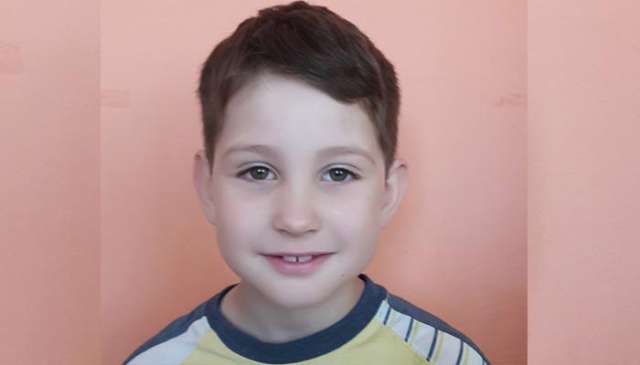 В Брянске ищут заботливых родителей для 6-летнего Павлика