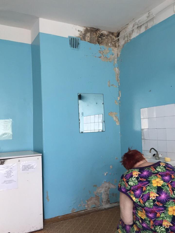 В соцсетях появились ужасающие фотографии из Навлинской ЦРБ