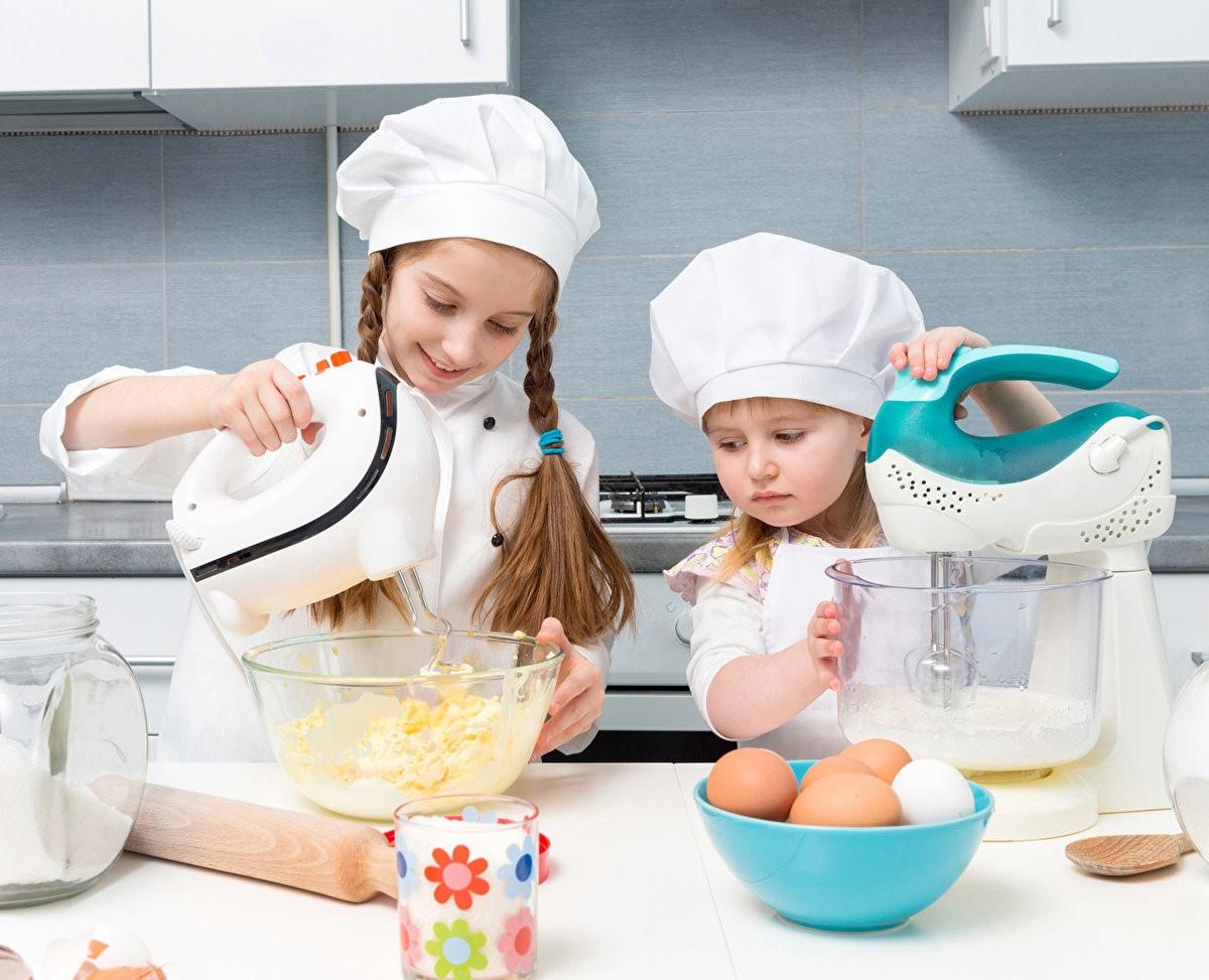 Зачем учить ребенка готовить?