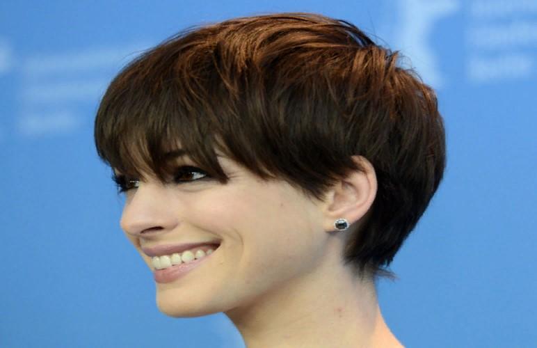 Жидкие волосы: особенности ухода, выбора стрижки и укладки и советы