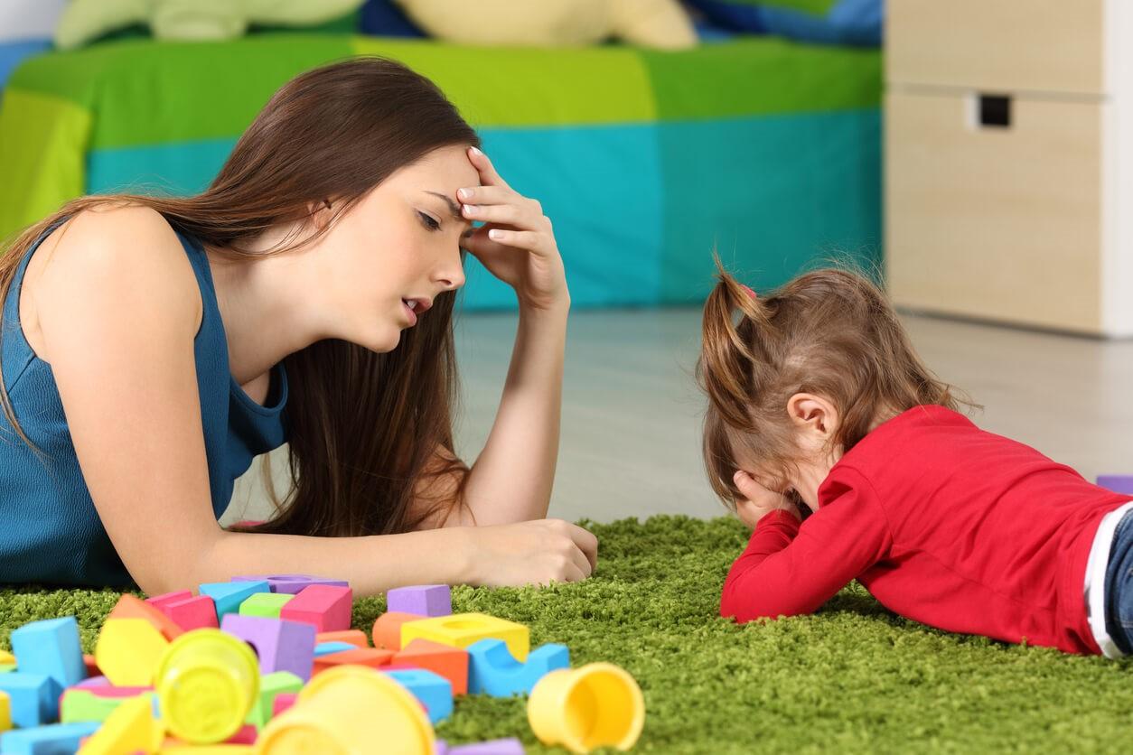 Как справиться с детскими истериками?
