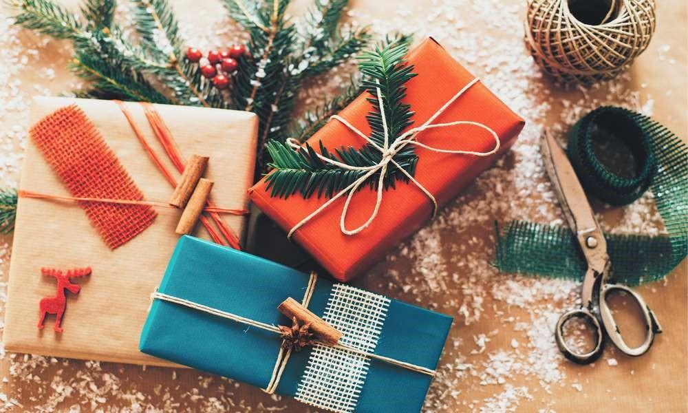 Что подарить родителям на Новый год?