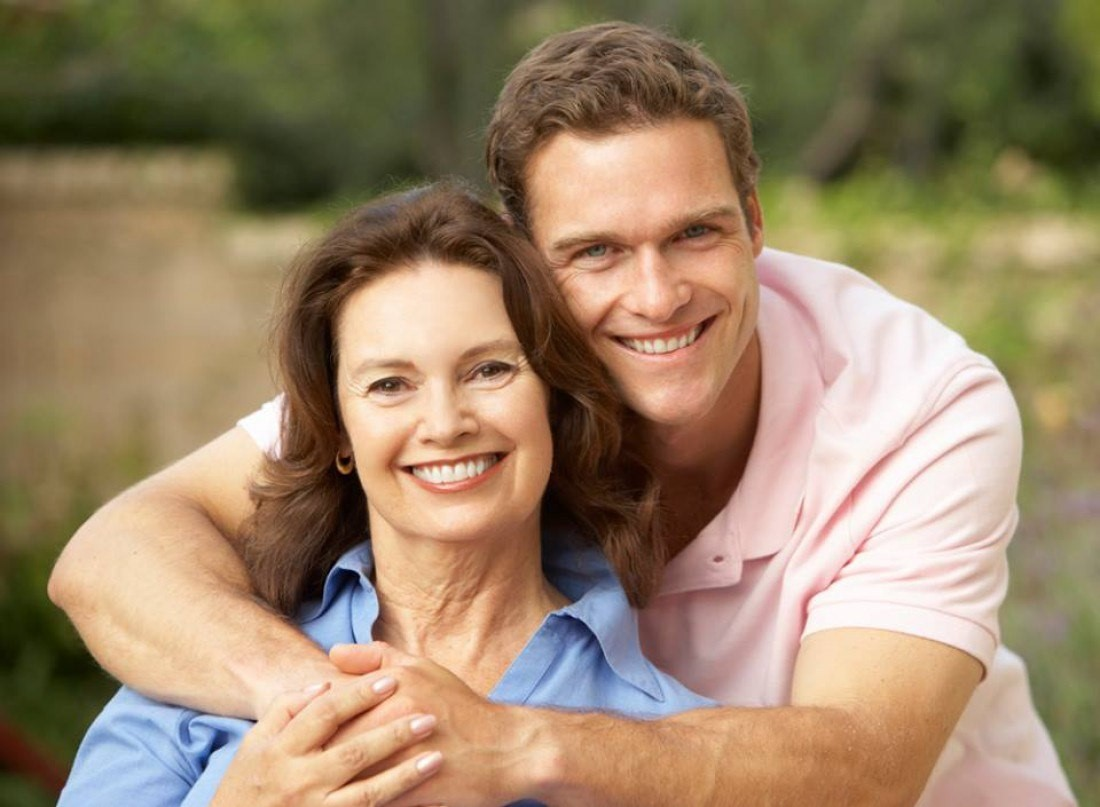 Идеальная разница в возрасте для отношений