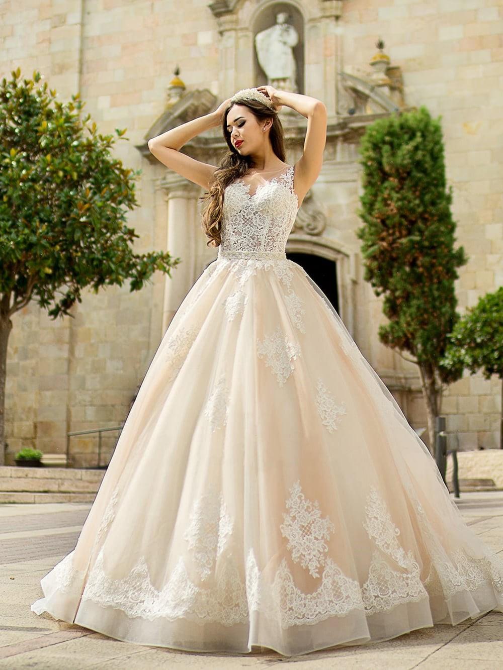 Какое свадебное платье стоит выбрать в 2020 году