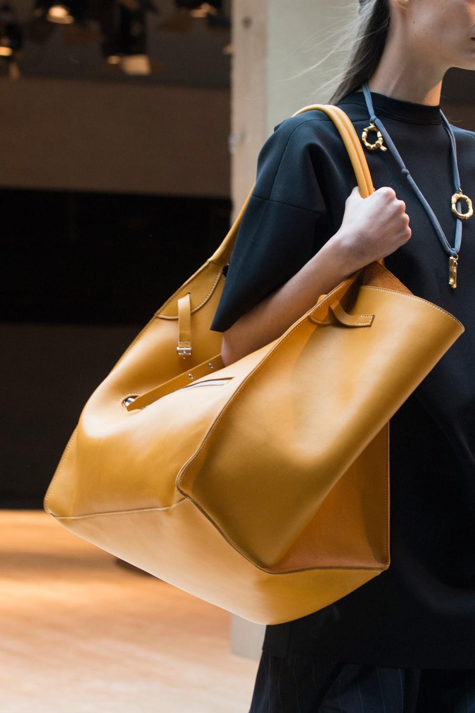 Сумки, которые будут на пике моды весной-летом 2020 года