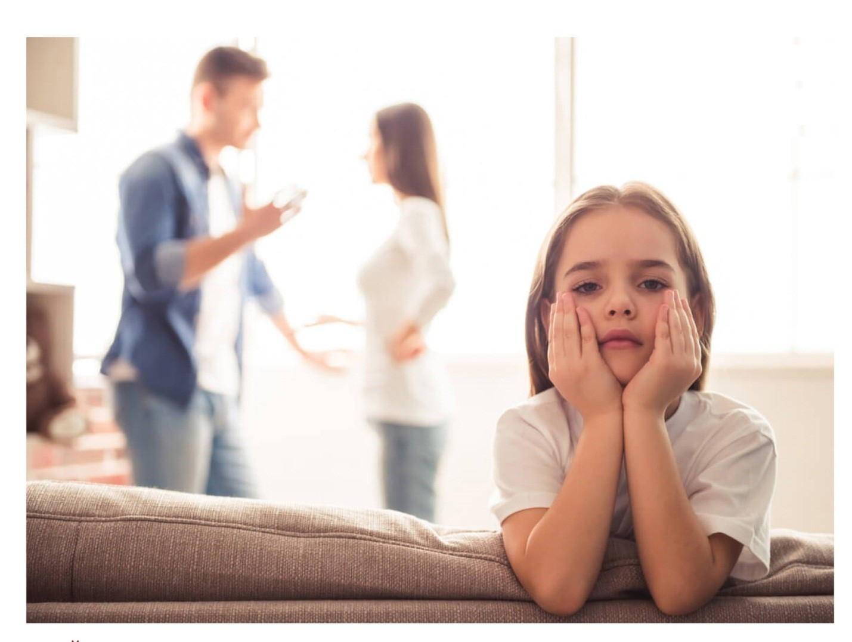 Что не стоит делать при детях