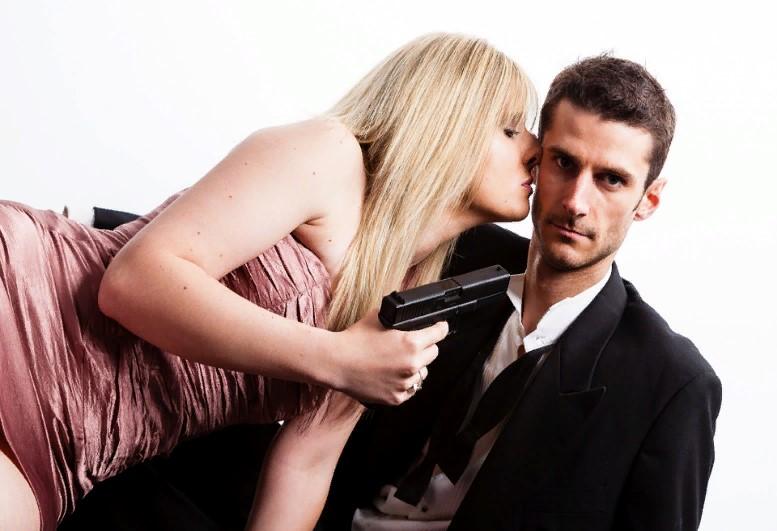 Основные причины, почему мужчина отстраняется от вас