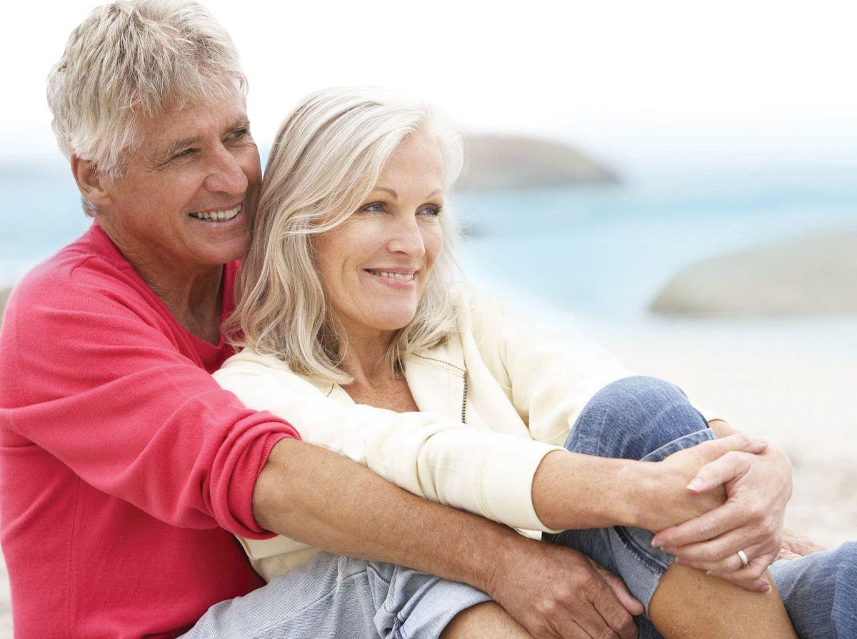 Почему женщины начинают искать мужа после 40