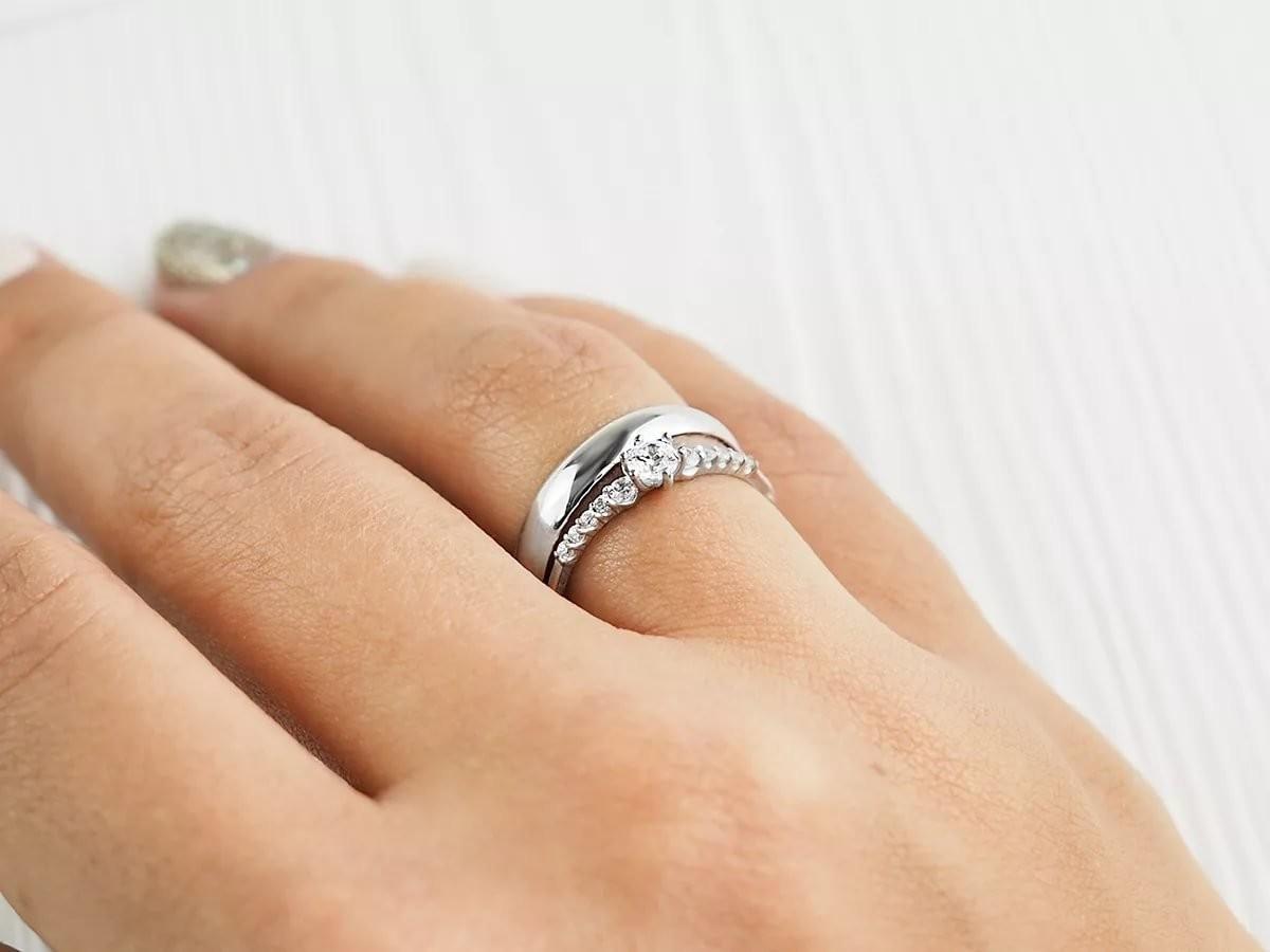 Помолвочное кольцо: как его носить до и после свадьбы