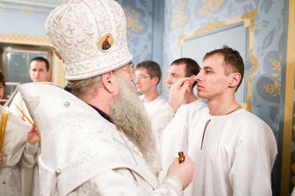 Разрешено ли проводить крещение человека во второй раз
