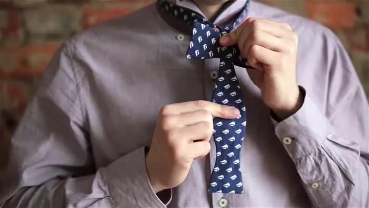 Одет с иголочки, вежлив и щедр на чаевые: 38 признаков настоящего джентльмена