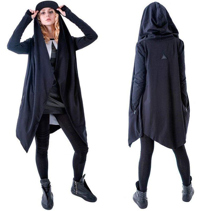 Модно, но странно: какие вещи не стоит носить в обычной жизни
