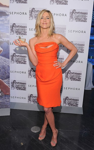 Секреты стиля Дженифер Энистон на примере образов актрисы